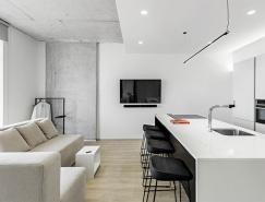 黑海沿岸纯白简约的一居室小公寓设计