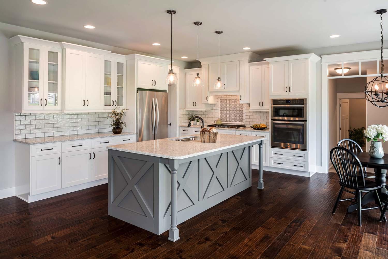 30个浅色和深色对比的时尚大厨房设计