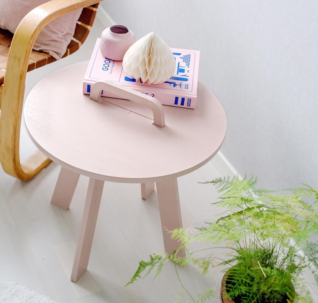 随时拆卸组装的便携式咖啡桌