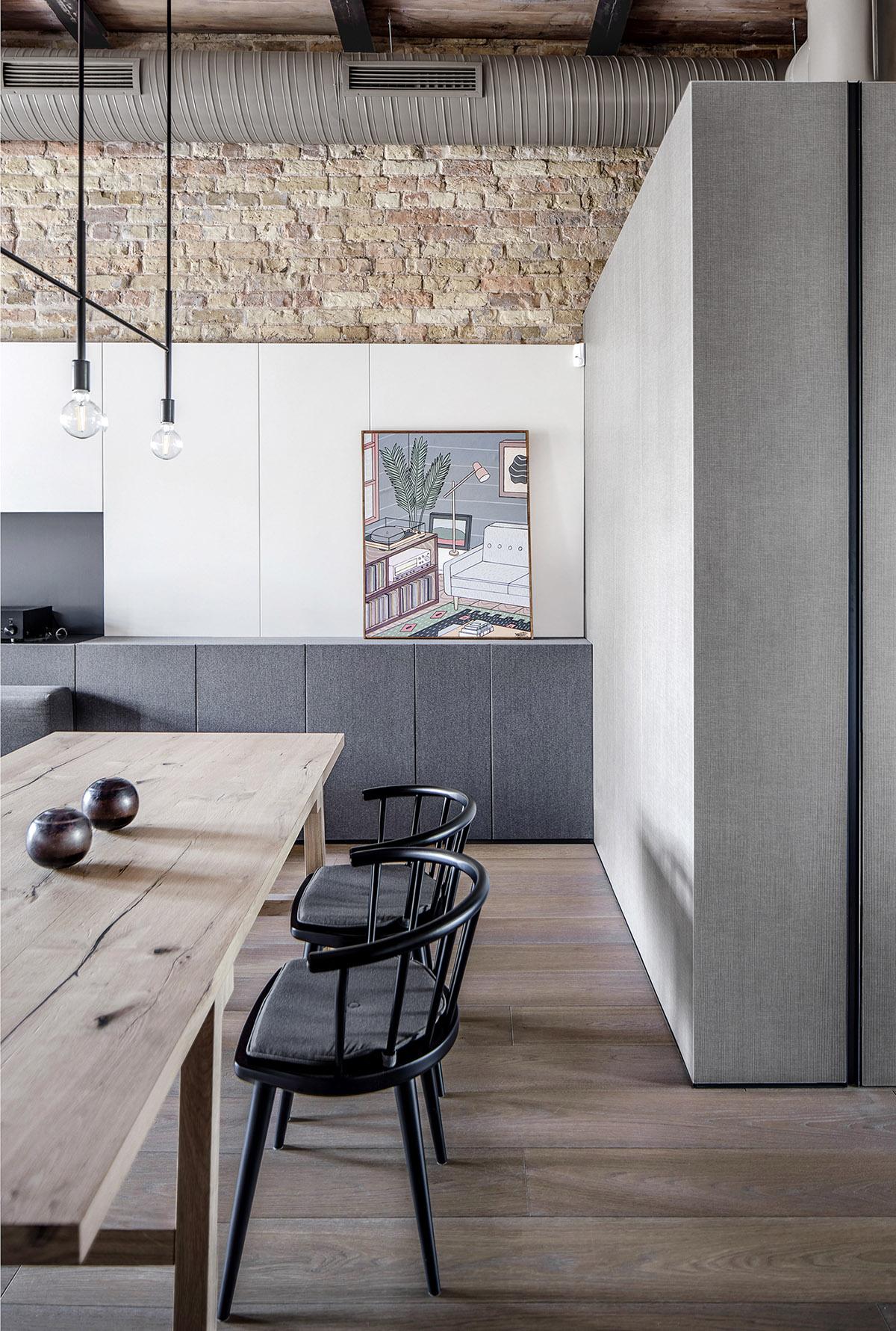 基辅180平米开放式空间的复古风复式住宅设计