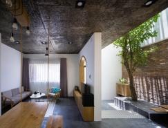 拥有室内庭院的越南简约风格住宅设计