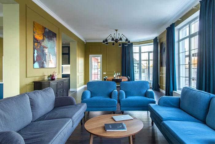 鲜明的色彩搭配:乌克兰TM Home现代温馨的复式住宅设计