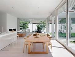 墨尔本极简主义风格纯白住宅,体育投注