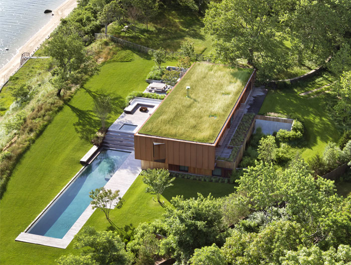 绿色植被覆盖屋顶的Hampton海湾豪宅设计