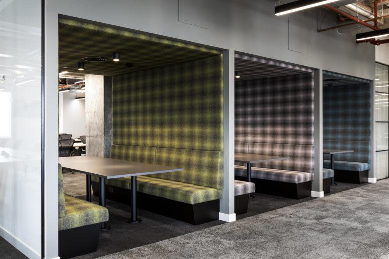 伦敦金融科技公司Revolut现代风格办公室设计