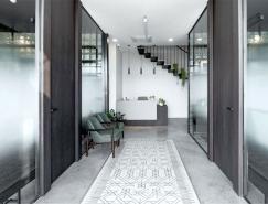 多功能和美学展现的现代办公空间设计