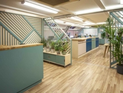 Liqui Design为Allegra Groupd设计的功能办公区