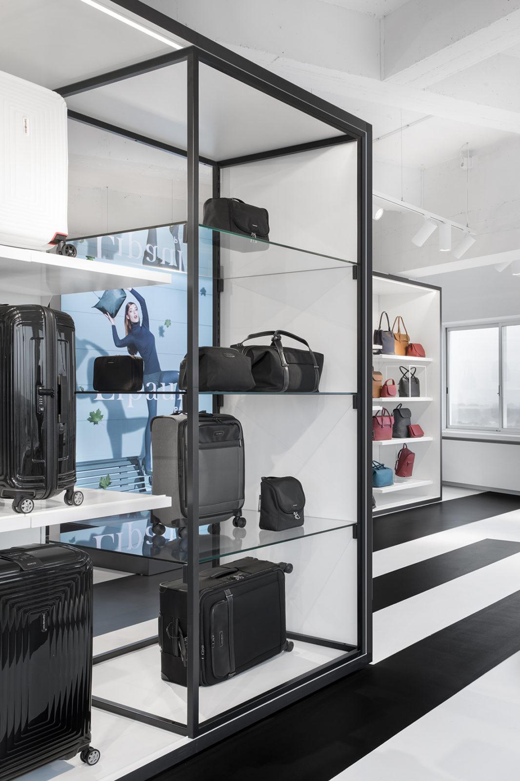 阿姆斯特丹新秀丽专卖店设计