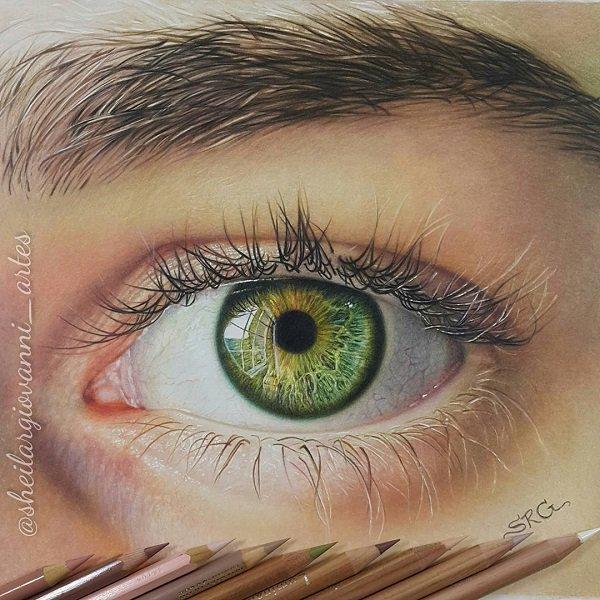 Sheila R Giovanni超逼真铅笔肖像画