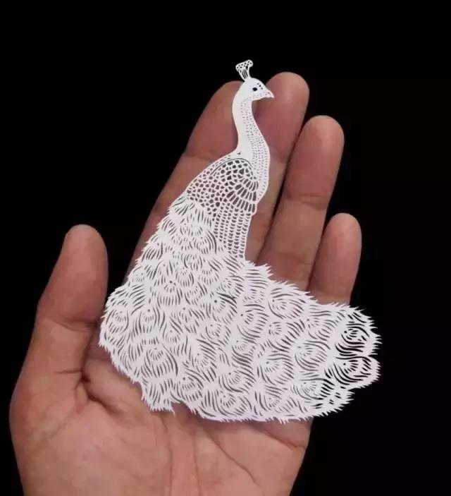 艺术家剪刀下精妙神奇的剪纸艺术