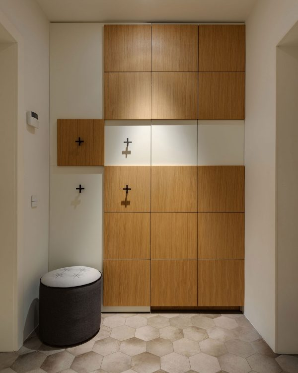 带滑梯的212平米复式公寓设计