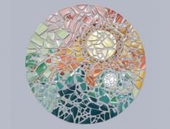 艺术家Kristen Meyer用小物件制成整齐规律的几何图
