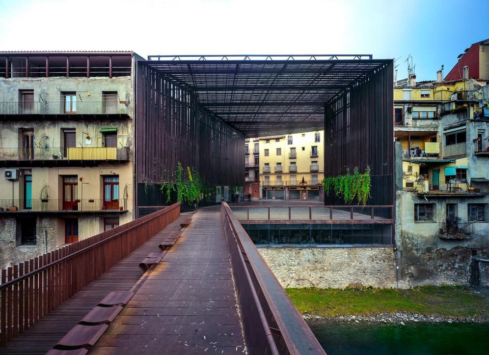 里拉剧院 户外公共空间