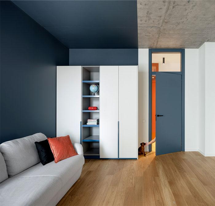 散发着快乐和轻松的现代公寓设计