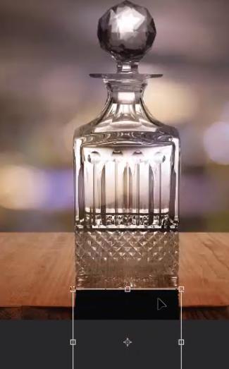 PS抠取透明香水玻璃瓶