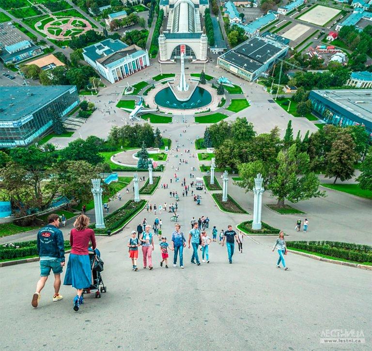 Lestnica:以《盗梦空间》为灵感的扭曲城市