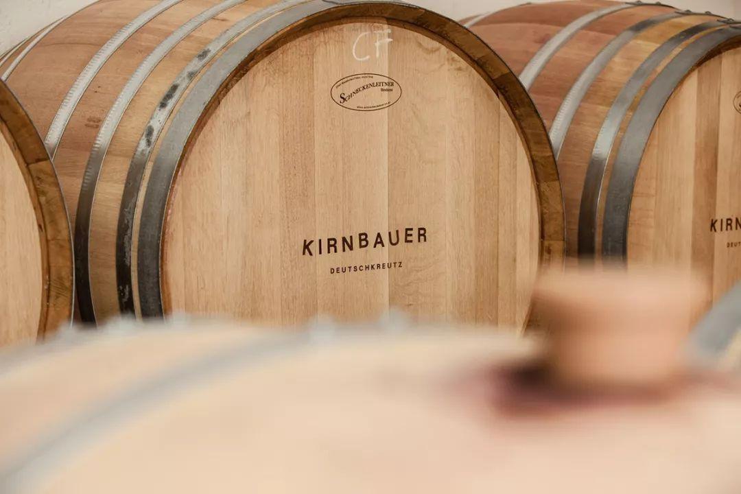 Kirnbauer酒品牌和包装设计