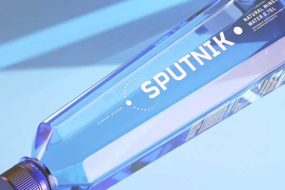 深邃蓝色:Sputnik water纯净水包装设计