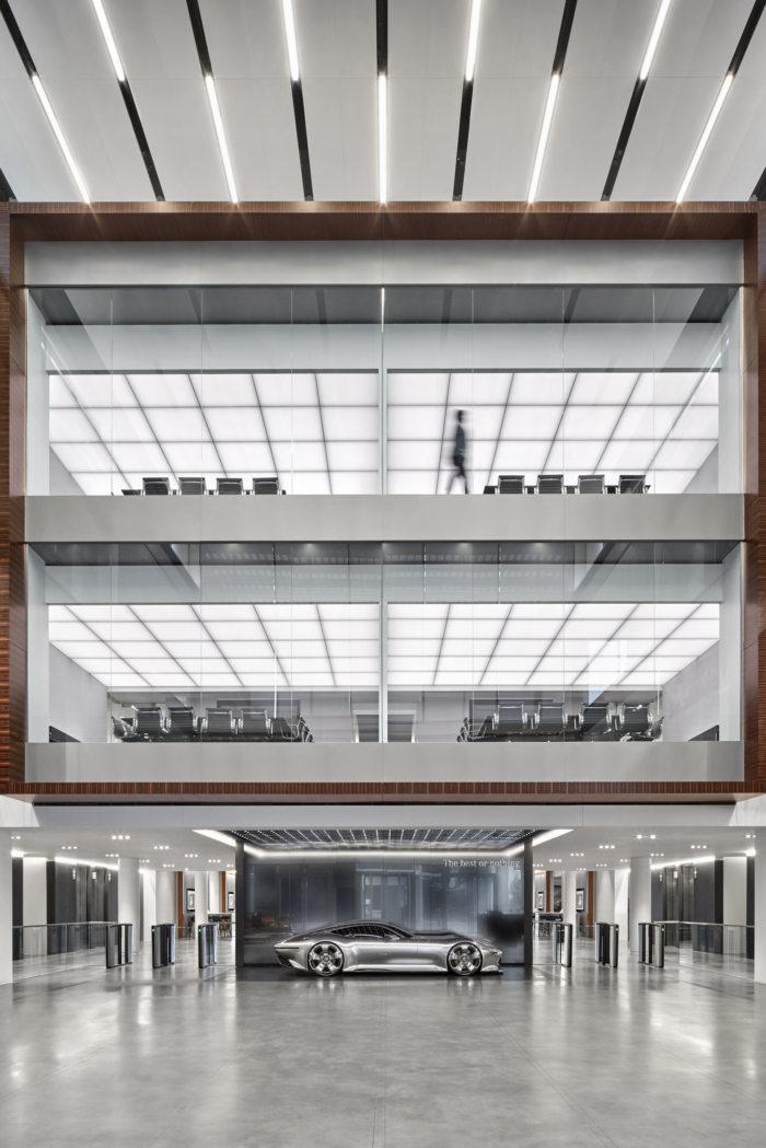 梅赛德斯-奔驰美国佐治亚州总部办公空间设计
