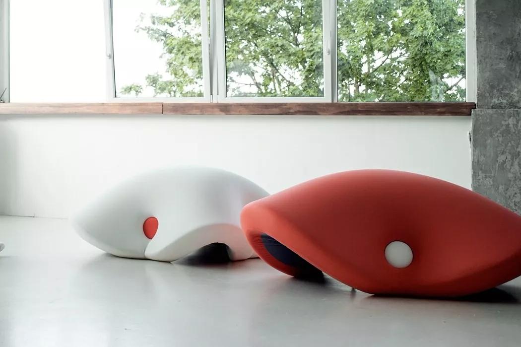 能变形适配身体的午睡椅