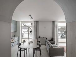 简单而富有表现力的几何形状和材料:Arka极简风格公寓设计