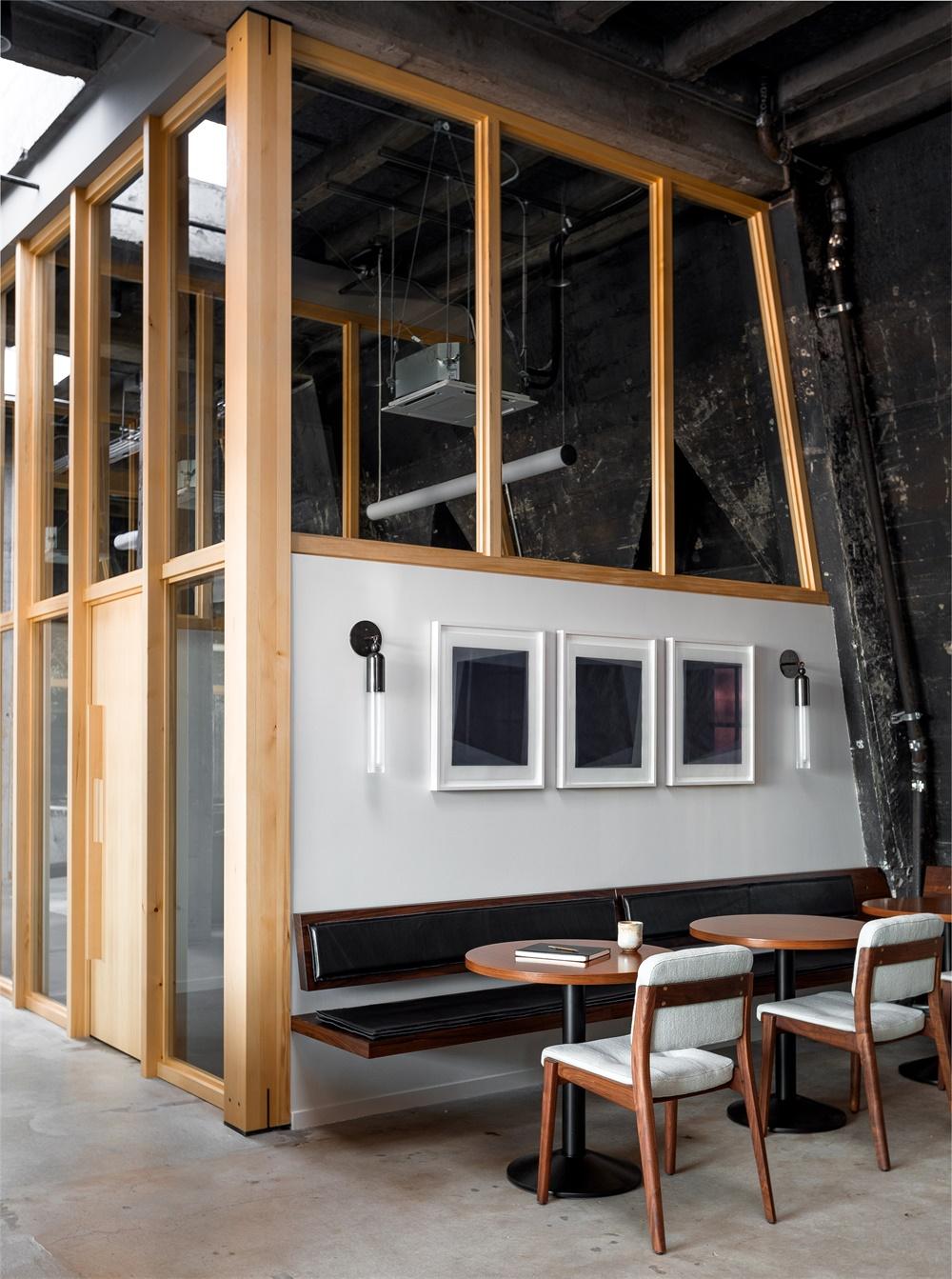光与影的相互作用:波特兰技术公司Loft办公空间