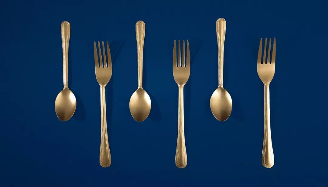 奢华与优雅的意大利餐厅Spasso品牌VI设计