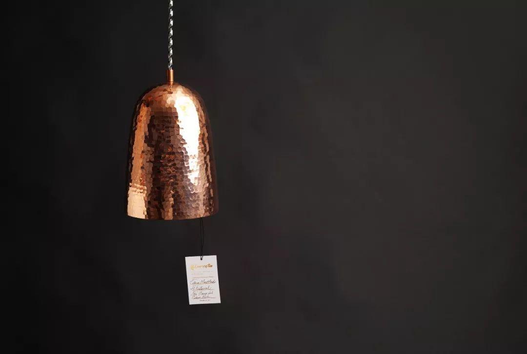 手工艺灯具品牌Filamento视觉识别设计