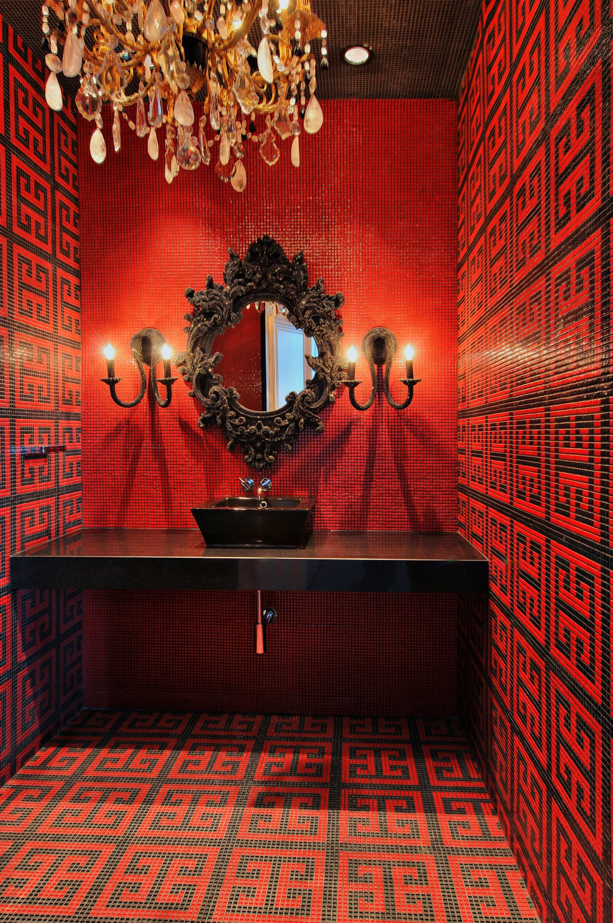 black-and-red-bathroom-600x904.jpg
