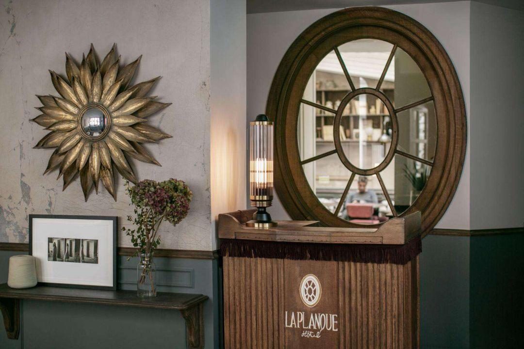 复古的浪漫风情 巴黎La Planque Hotel酒店