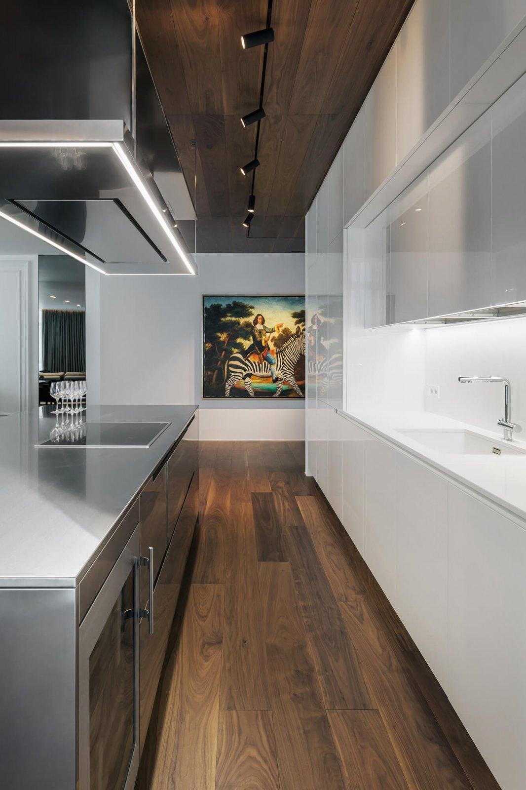 乌克兰Diamond现代风豪华公寓