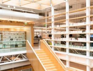 美国加州山景城总部: 谷歌澳门金沙网址实验室办公空间