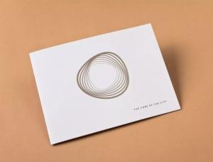 来自波兰设计师极简风格的房地产画册设计