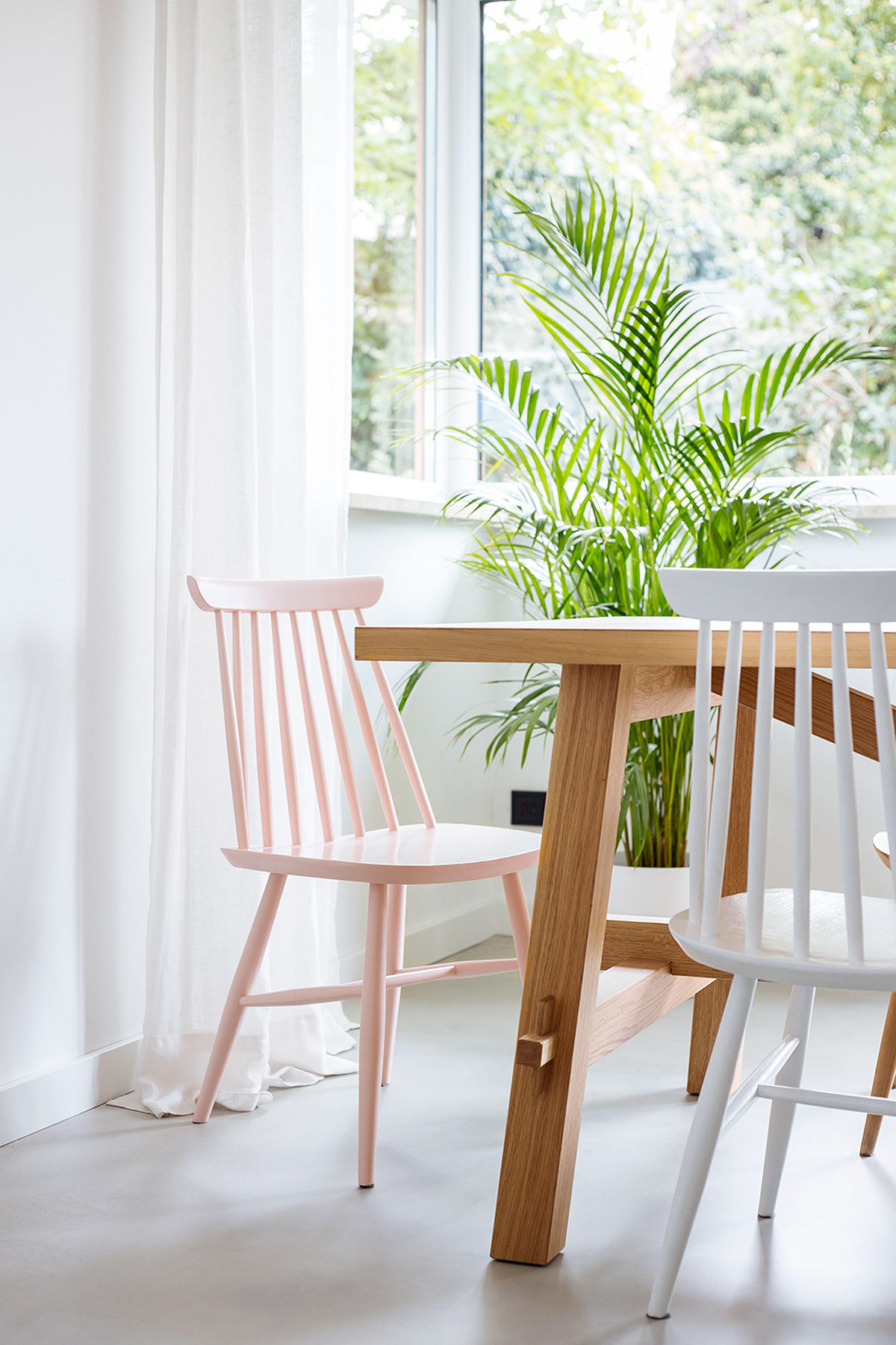 pink-dining-chairs.jpg