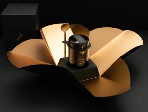 高端大气黑 29+ Manuka顶级蜂蜜包装