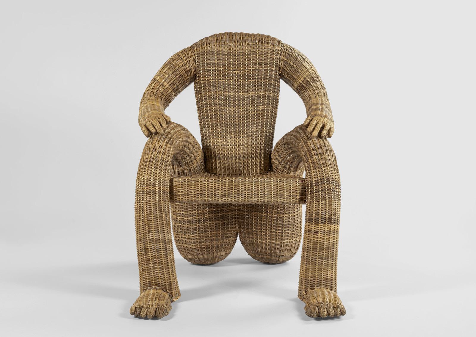 Chris Wolston设计的Nalgona俏皮椅子