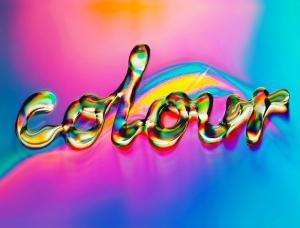 梦幻般的色彩:Ruslan Khasanov在CD上创作的字体和图形艺术