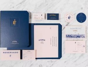 优雅质感的蓝 Fork餐厅品牌视觉设计