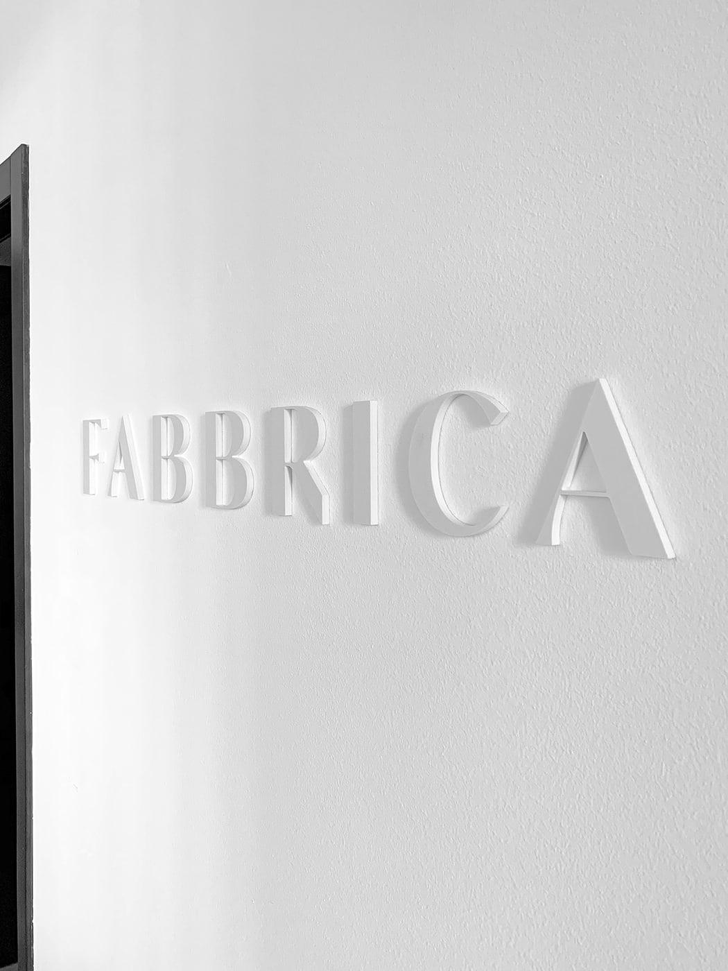 米兰模特经纪公司Fabbrica Milano品牌形象设计