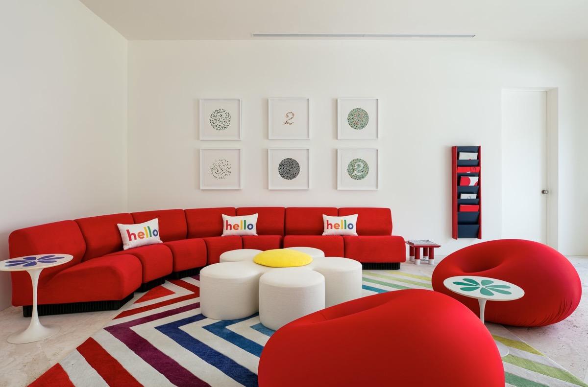 喜庆活跃!51个红色客厅装修设计