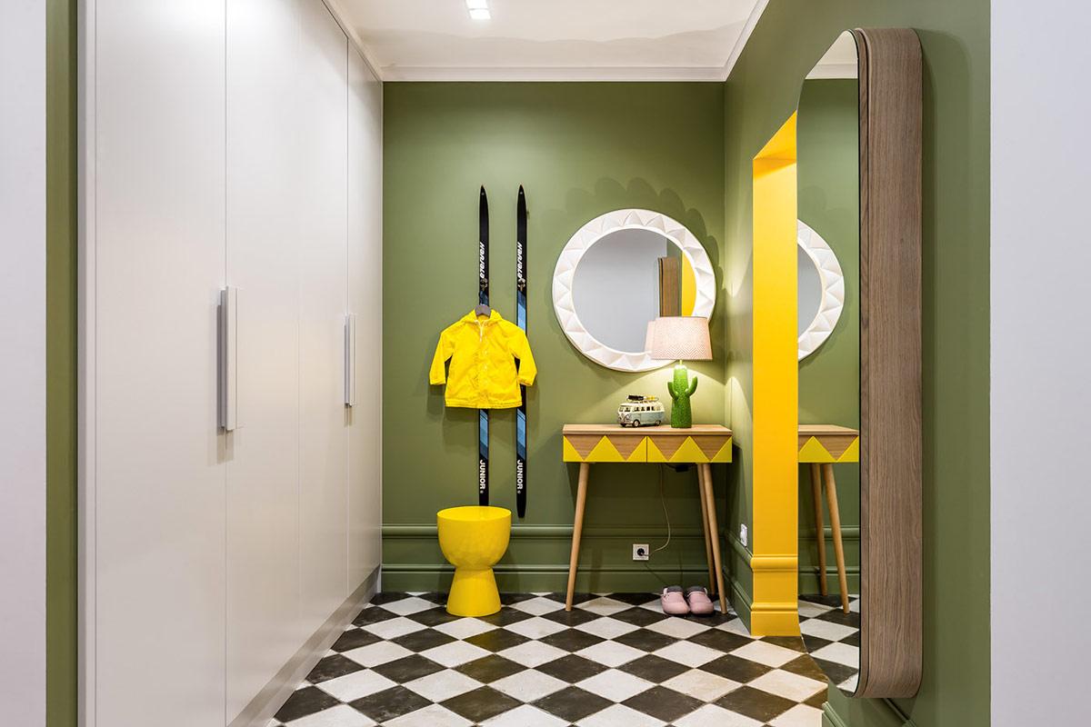 蓝黄撞色打造时尚美宅