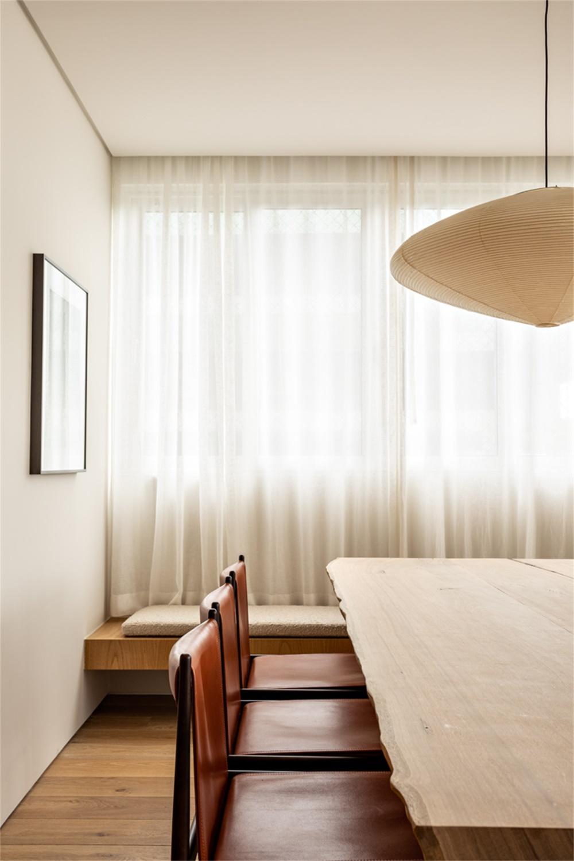 温馨的木质!里约热内卢Leblon阳光公寓设计