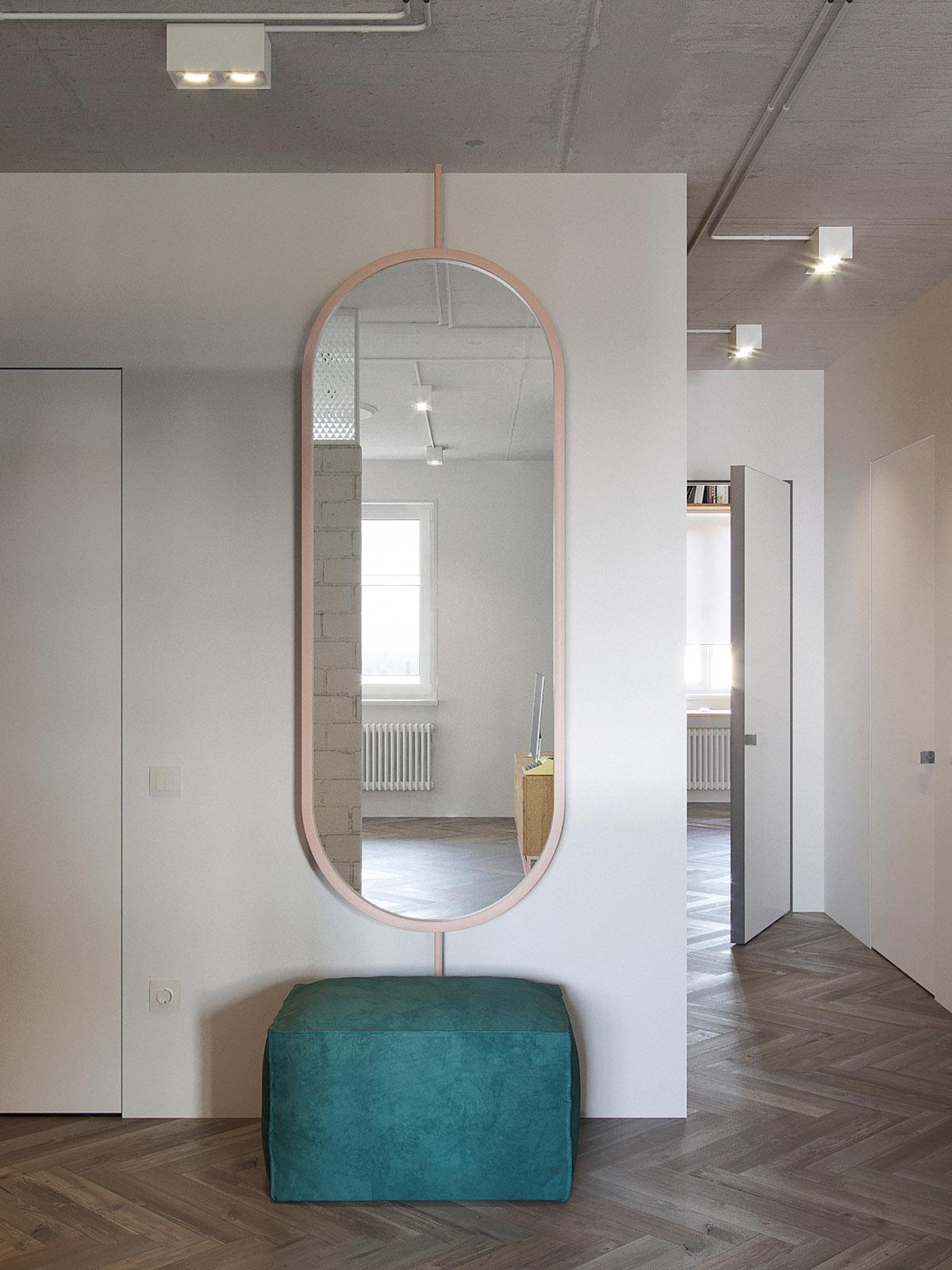 pink-mirror.jpg