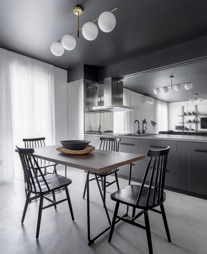高级灰+黑色天花板:侘寂风极简小公寓