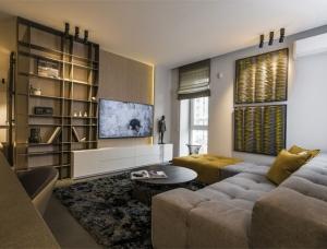 两套公寓合并,简约又质感的现代住宅设计