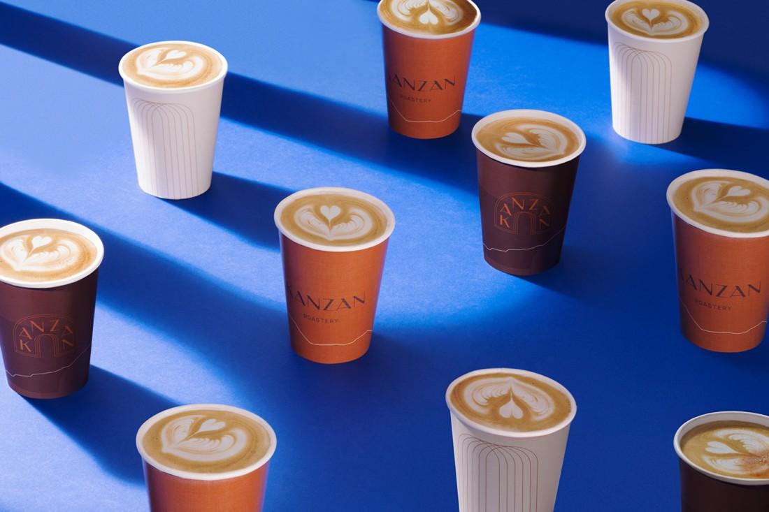 品味阿拉伯山脉!沙特Kanzan咖啡馆视觉形象设计