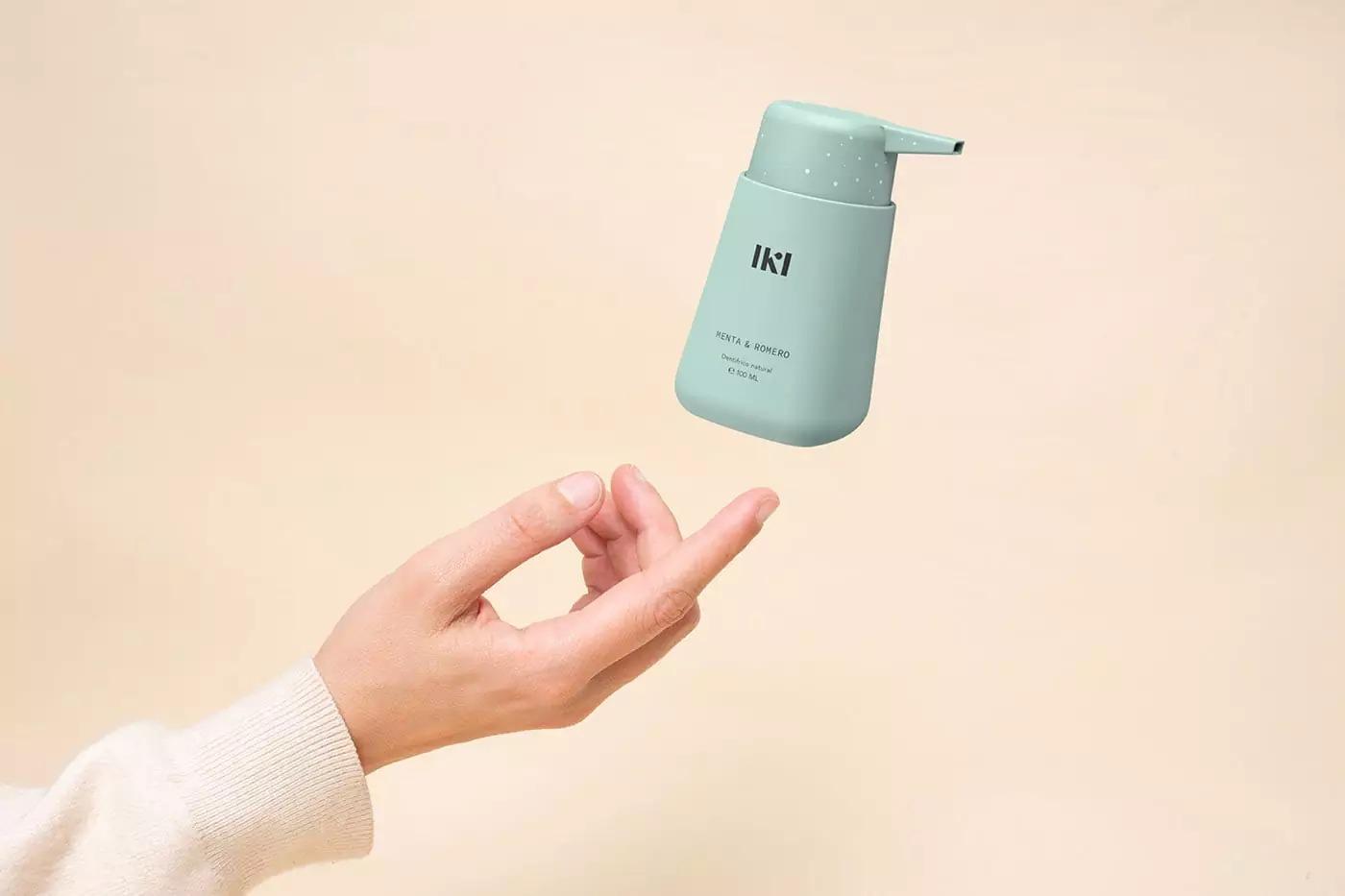 Elena Sancho和Josep Pedro设计了IKI天然牙膏