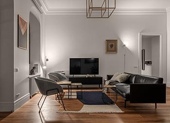高端的黑白金配色!轻松优雅的简约时尚私宅