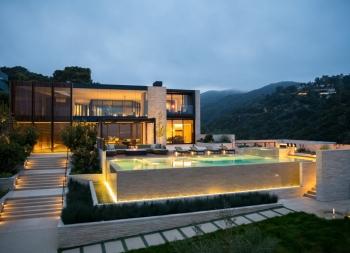 洛杉矶豪华山坡别墅设计
