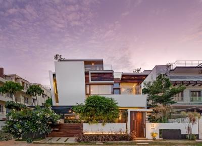 逃离城市生活! 五口之家的清新现代住宅